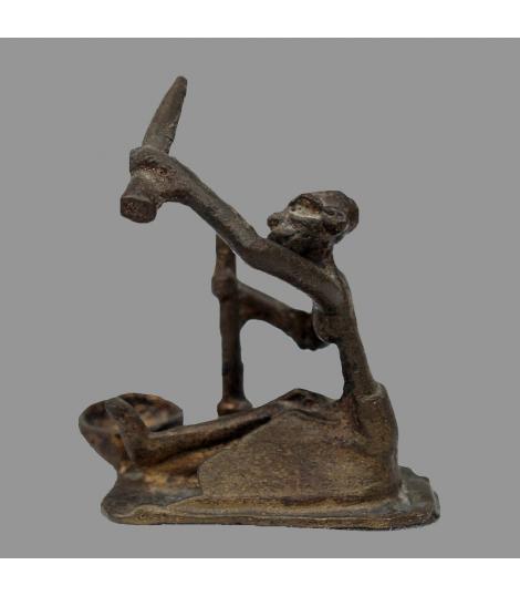 Petit personnage du Burkina Faso en bronze