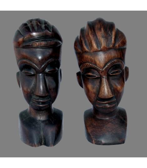 Bustes couple africain ancien