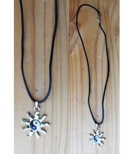 Collier pendentif YinYang soleil