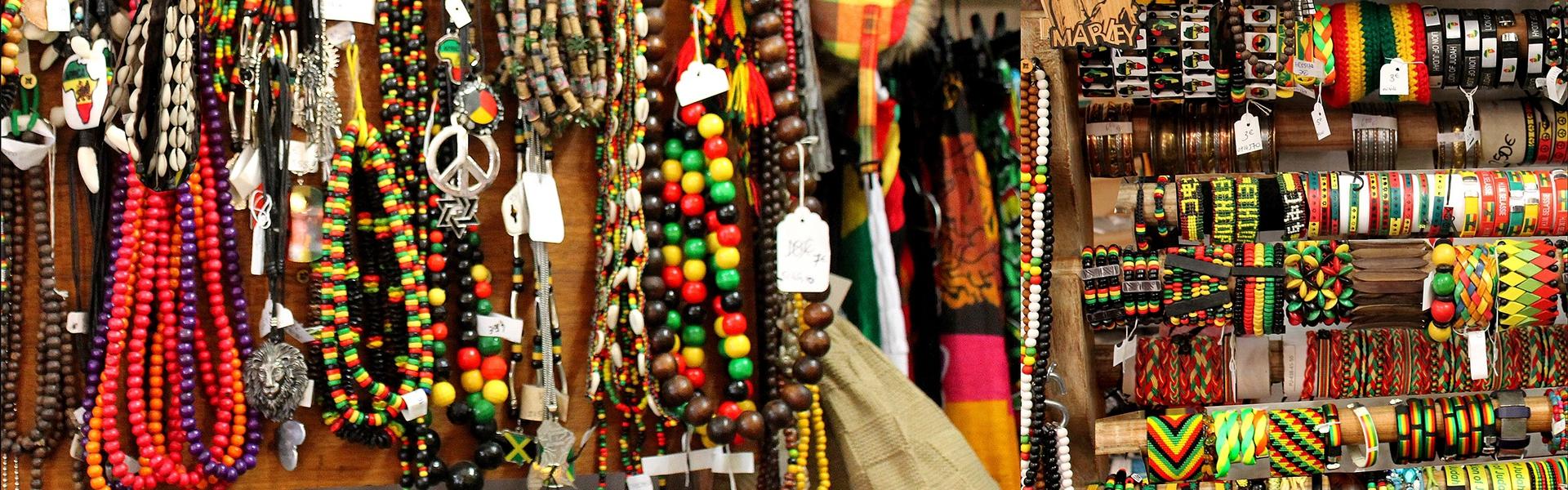 Bijoux rasta, bracelets, colliers, pendentifs, bagues, boucles d'oreilles